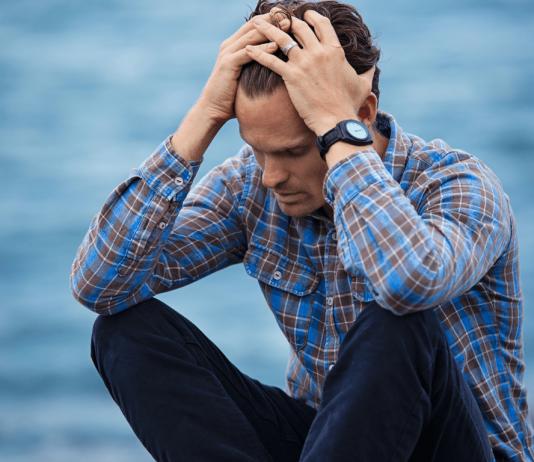estrés financiero